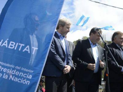 El ministro del Interior prometió obras de infraestructura y viviendas en Bariloche