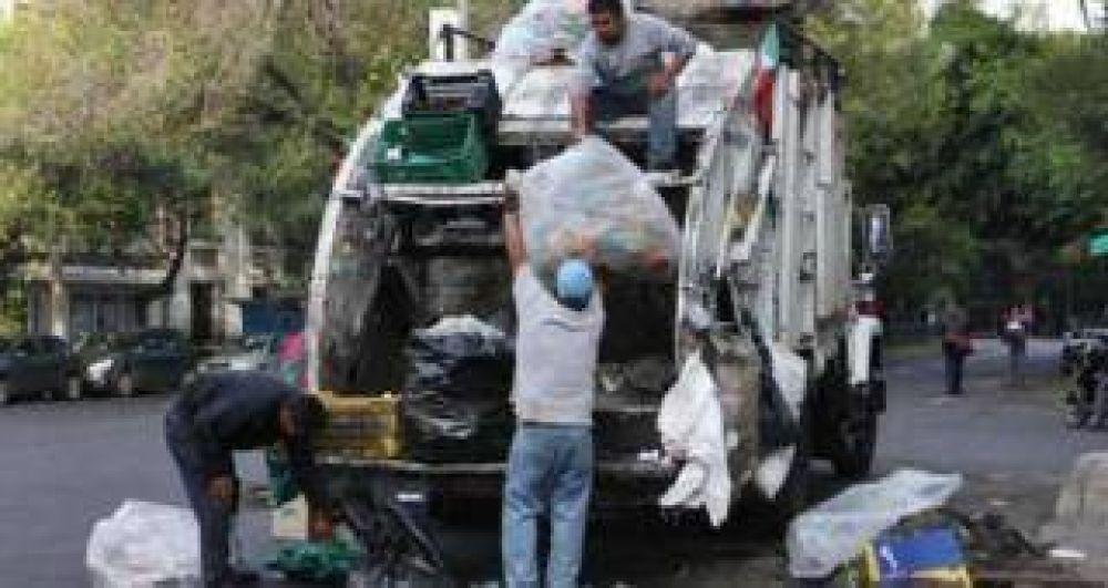 Por un paro de Camioneros no hay recolección de residuos