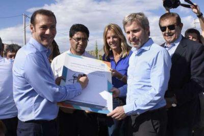 Guti�rrez y Frigerio firmaron acuerdo para importantes obras