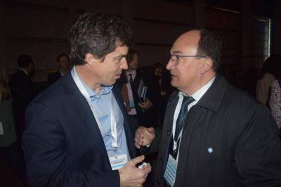 El Intendente Salom�n habl� con el Subsecretario Nacional de Recursos H�dricos
