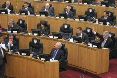 Un decreto oculto durante un año revela que la Legislatura gastó en subsidios millones destinados a sueldos