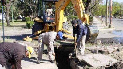 Realizan importante trabajo de limpieza en desagües pluviales del Bº Alberdi