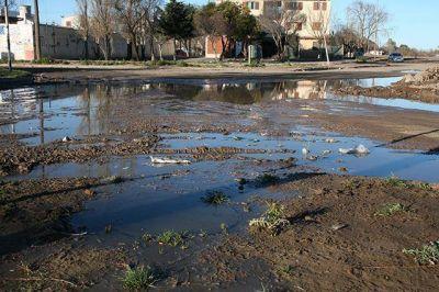 Cloacas: Proponen que el costo de los servicios vuelva con obras a los barrios