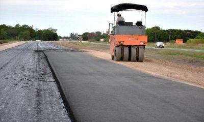 Iniciaron pavimentación de los primeros tramos de la autovía sobre la ruta 11