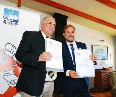 Pescadores de Mar del Plata y Chile firmaron acuerdo de cooperación