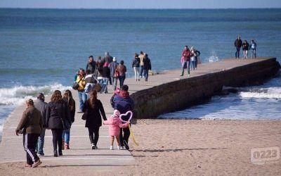 Fin de semana largo: hubo más turistas que el año pasado pero se gastó menos