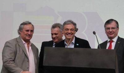 De la Torre y Cabrera instalan sus ministerios en Mar del Plata