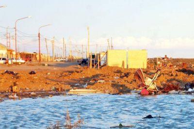 Fuerte avance de la ocupación sobre calle Crucero General Belgrano