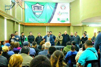 El STM de Avellaneda gestionó y entregó 200 becas de estudio para los hijos de municipales