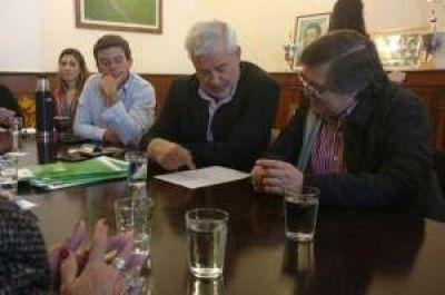 Provincia y municipios acordaron plan de inversión para obras viales
