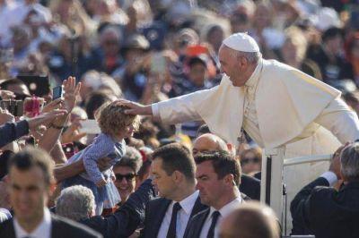 Francisco: hagamos una revoluci�n cultural con las obras de misericordia
