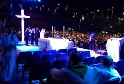 """""""Jesús nos ha tocado"""", dijo el cardenal Poli"""