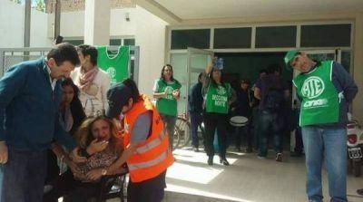 Arg�ello: �Un golpe no me har� cambiar el voto�