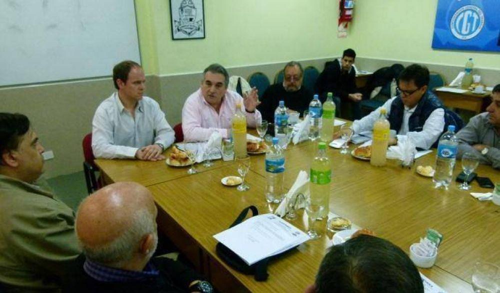 El Consejo Directivo de FeMPINRA analizó la realidad de la actividad portuaria