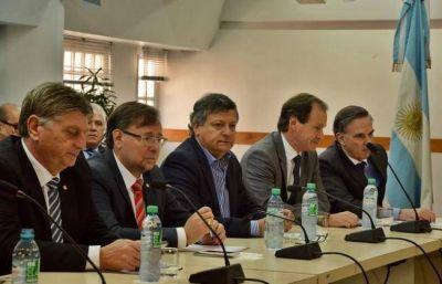 Peppo y otros gobernadores piden equidad en el presupuesto nacional