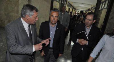 Cornejo se suma a la furia de Urtubey por la licitaci�n de renovables que favoreci� a Morales