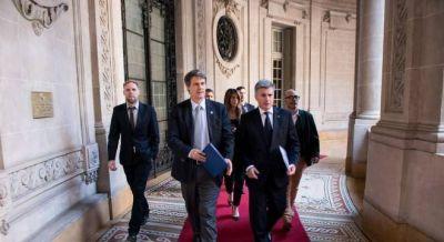 Prat Gay volver� a licitar deuda a tasas fijas para cubrir el d�ficit del �ltimo trimestre