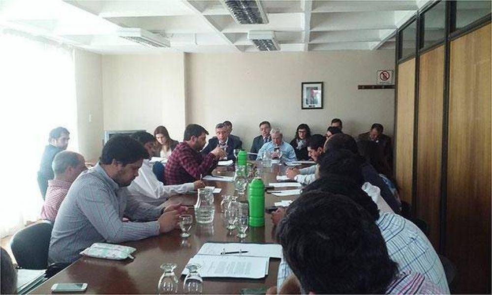 Comisión de Desarrollo recibió al presidente del IESC