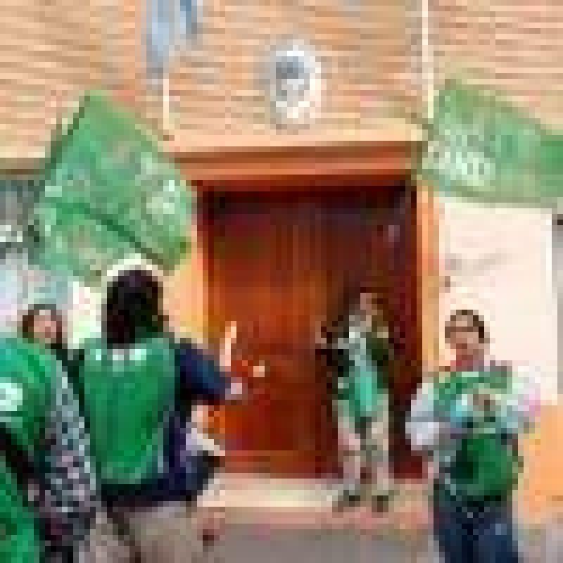 Trabajadores se manifestaron en las puertas del Ministerio de Economía