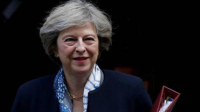 Arduo debate para la premier británica por el Brexit