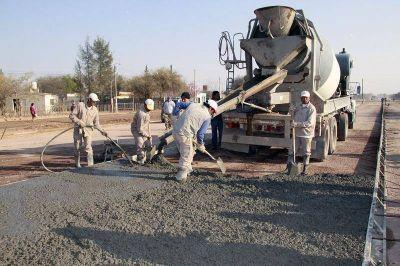Obras Públicas municipal realiza mejoras en la ciudad