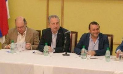 Posadas: el gobernador presentó seminario internacional sobre PyMES