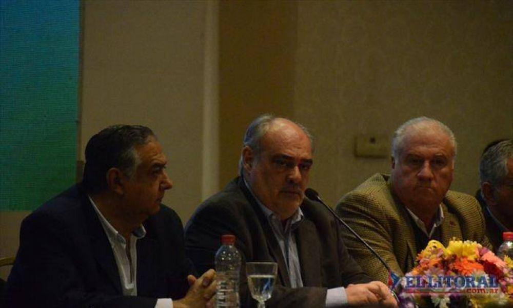 Reforma: reunión nocturna de Colombi con legisladores