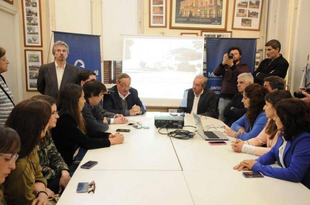 Lunghi anunció el plan de reparación urbanística y social en barrio Parque La Movediza y El Tropezón