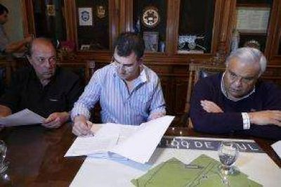 Firma de contrato para la continuidad del Plan Municipal de Alumbrado Público