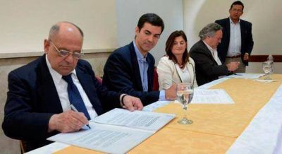 Arroyo, Urtubey y de la Torre firmaron Convenio de Cooperación Turística