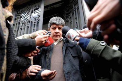 Pablo Moyano estuvo ausente en la protesta de camioneros y no confirm� su alejamiento de la CGT