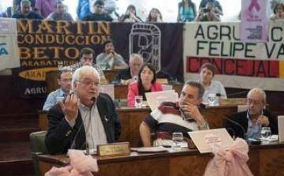 """El FpV instó a una reforma política para que """"las bancas sean de los partidos políticos"""""""