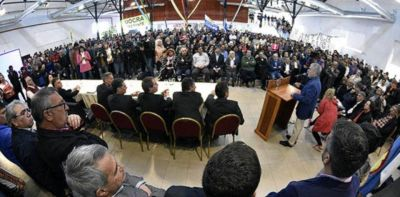 $ 200 millones del bono para municipios del sur