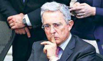 Uribe reclama castigos para los guerrilleros