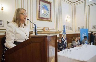 Alicia Kirchner no tiene la m�nima voluntad de cumplir con Naci�n el acuerdo por la ayuda financiera