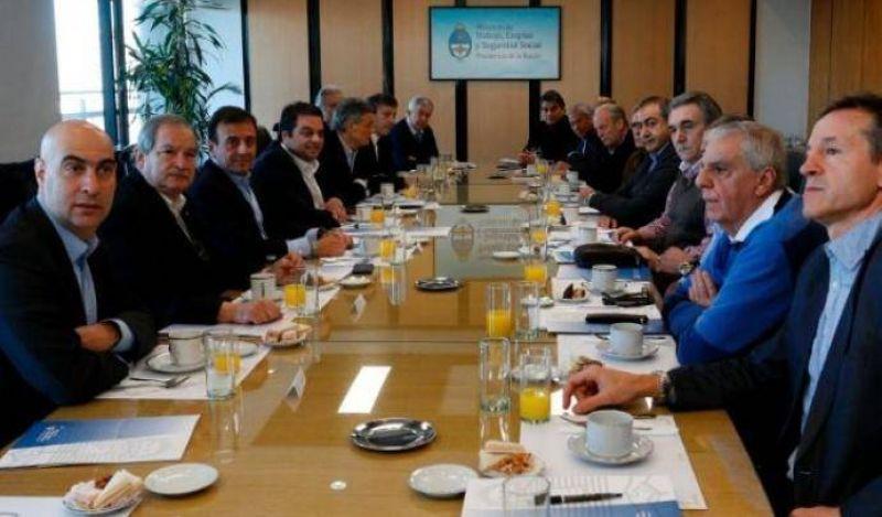 """""""La negociación está encaminada pero todavía no está resuelta"""", avisa la CGT"""