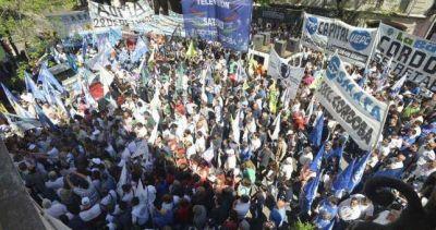 Pese al freno nacional, la CGT C�rdoba ratific� su protesta