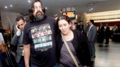Arroyo recibi�, en encuentro �ntimo, a la familia de Luc�a P�rez