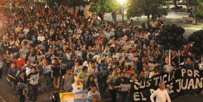 Marcharon a Plaza Independencia para pedir Justicia por el cura Viroche