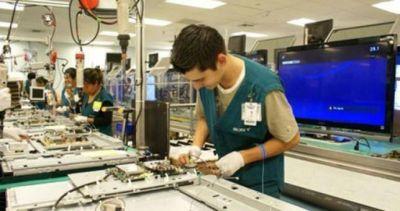 Por el ingreso de equipos electr�nicos hay m�s de 12 mil empleos en riesgo
