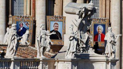El papa Francisco canonizó a siete nuevos santos, entre ellos un argentino y un mexicano