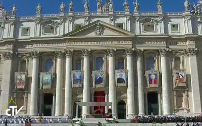 El Papa canoniza 7 nuevos santos para la Iglesia