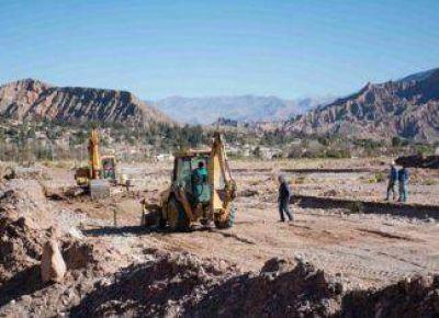Continúan los trabajos de sistematización de cuencas para prevenir complicaciones hídrica