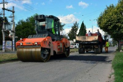 100 millones de pesos para obras de pavimentación