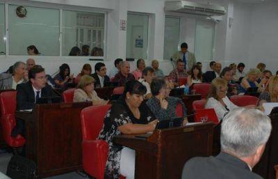 Diputados en desacuerdo con la forma de pago a judiciales