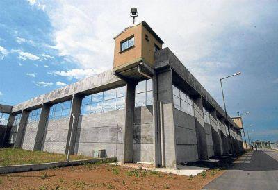 En los �ltimos meses, Vidal desplaz� a un agente del Servicio Penitenciario por d�a