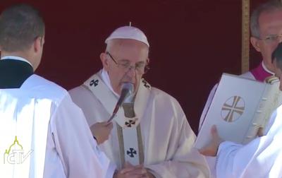 Francisco pide unir nuestras fuerzas, morales y econ�micas, para luchar contra la pobreza