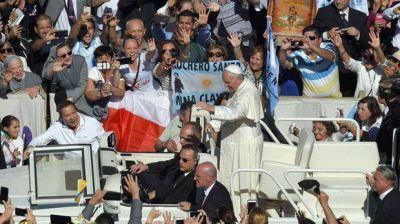 Canonización gaucha: el Papa proclamó santo a Brochero