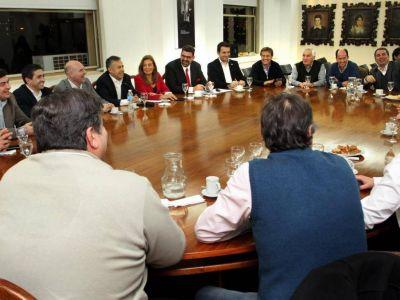 Las comunas del Gran Mendoza definen el bono de fin de año