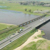 Inundaciones, una urgencia que la Provincia prev� solucionar en 60 a�os